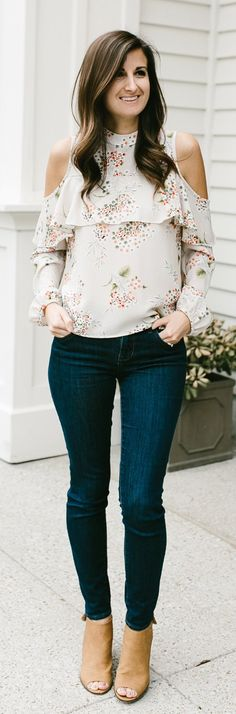 White Flower Open Shoulder Blouse & Navy Skinny Jeans & Brown Open Toe Booties