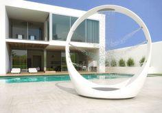 Loop Shower by Diego Granese