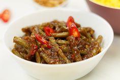 Een Indische klassieker: Sajoer boontjes I Love Food, Good Food, Asian Recipes, Ethnic Recipes, Malaysian Food, Indonesian Food, No Cook Meals, Japchae, Cod