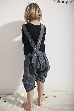 //Muku - simple overalls salopette