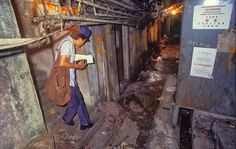 Kowloon Walled City was a former Chinese military fort turned into largely ungoverned settlement in Kowloon, Hong Kong. families used to live in 300 buildings. Kowloon Walled City was Hong Kong, Kowloon Walled City, Slums, Travel News, Travel Hacks, Hanoi, Park City, Night Life, New York City
