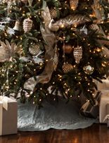 Christmas Tree Skirts | Balsam Hill