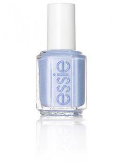 Rock the boat, el azul francés más chic en tu manicura de verano