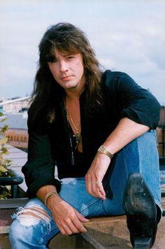 Richie looking good ❤ Love Band, Great Bands, Cool Bands, Rock N Roll Music, Rock And Roll, Bon Jovi Always, Boogie Woogie, Raining Men, Jon Bon Jovi