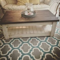 Gorgeous 80 Rustic Coffee Table Ideas https://decorapatio.com/2017/09/14/80-rustic-coffee-table-ideas/