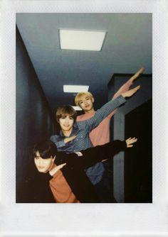 winwin be flying Taeyong, Jaehyun, Nct 127, Nct U Members, Nct Dream Members, Nct Winwin, Nct Yuta, Nct Taeil, Polaroid Photos