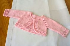 free knitting pattern for baby Baby Knitting Patterns, Baby Sweater Patterns, Knitting For Kids, Baby Patterns, Free Knitting, Layette Pattern, Romper Pattern, Baby Girl Jackets, Little Girls