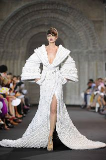 Spleen De Couture: ARE YOU HAUTE COUTURE OF PRET-A-PORTER FAN?!