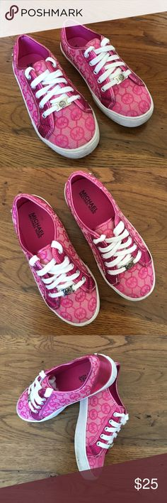Michael Kors Girls Shoes 2Y Pink Great clean pre-owned condition. Size 2 girls Michael Kors sneakers. Pink with Sparkles. Have these in silver and gray too! Check out other listings for more girls shoes to bundle and save! Michael Kors Shoes Sneakers
