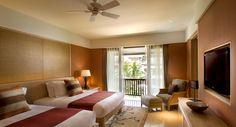 Cozy and Warm livingroom. One of our portofolio 'Conrad Suite' at Conrad Bali #hotel #bali #livingroom #portofolio #lagoon #grande #classy #carpetandrugs #comfort #color #carpet #customer #diningroom #decoration #design #deluxe #executive #floor #flamindocarpet #flamindo #homedecoration #happy #hotel #indonesian #interior #instadesign #instagood #interiordesign #luxury #meetingroom #product #professionals #quality #rugs #residence