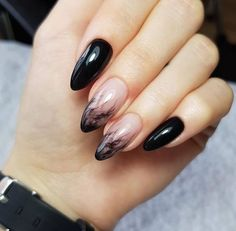 2019 Creative Halloween Nails Art Design Every Halloween, everyone will definitely rack their brains to dress up to attend various Halloween parties. In addition to the well-designe French Nails, Cute Nails, Pretty Nails, Hair And Nails, My Nails, Glitter Nails, Ongles Forts, Halloween Acrylic Nails, Black Nails