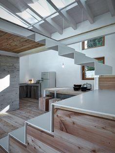 18/01/2016 – Casa VI, progettata da Alfredo Vanotti, si trova a Piateda, in Provincia di Sondrio sulle Alpi Orobie, a circa 1000 metri di altitu