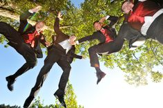 A fun, action-packed photo idea for the groomsmen | Povazan Photography