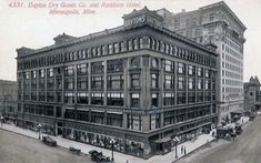 Dayton Dry Goods Company and Raddison (sic) Hotel, Minneapolis Minnesota, 1900's