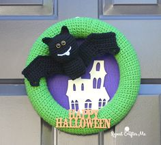 One Halloween wreath wasn't enough for me this year… I had to make a second! A cute little Vampire Bat spreads its wings across this crochet wreath which also incorporates some fun craft elements! If you missed my Halloween Cat Wreath, you will want to check it out and follow the same basic tutorial. The Bat …