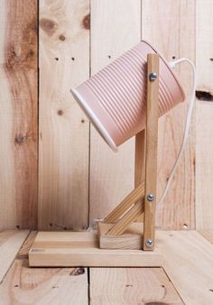 These lamps for apartments are a terrific inclusion to your dream house Diy House Projects, Diy Wood Projects, Tin Can Crafts, Diy And Crafts, Diy Deco Rangement, Diy Luz, Luminaria Diy, Diy Casa, Ideias Diy