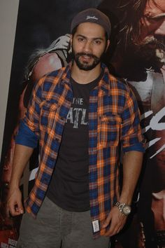 Varun Dhawan came dressed casually for the screening of Hercules. #Style #Bollywood #Fashion #Handsome