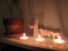 another  candlemas post on traditions for this holiday.