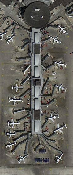 Chicago O'Hare International Airport, USA – 67 million passengers each year