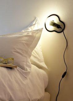 Deze Sticky Lamp kun je plakken waar je wil, hoe leuk! #stickylight #dutchdesign