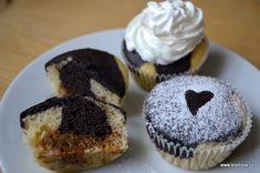 Moc ráda šířím dál recept na vynikající muffiny od mé kamarádky Ivetky Hochmannové. Pro milovníky karamelu skvělý recept. Oproti originálu jsem dala jen méně cukru do těsta...