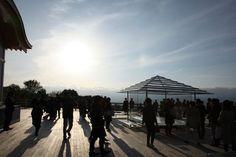 史実と歴史的ストーリーを背景にもった将軍塚と青龍殿の大舞台に、吉岡徳仁氏の作品「ガラスの茶室-光庵」が京都・フィレンツェ姉妹都市提携50周年 特別展覧会として…