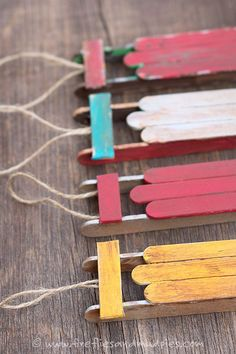 Popsicle Stick Miniature Sled Christmas Tree DIY Ornaments Fireflies and Mud Pies Easy and Cheap DIY Christmas Tree Ornaments Kids Crafts, Craft Stick Crafts, Craft Sticks, Popsicle Sticks, Craft Ideas, Preschool Crafts, Ideas Navideñas, Dyi Crafts, Wooden Crafts