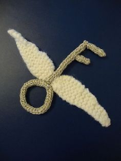 Flying Keys from Harry Potter and the Sorcerer's Stone by Kristina Gill. Free pattern on Ravelry at http://www.ravelry.com/patterns/library/flying-keys-from-harry-potter-and-the-sorcerers-stone