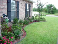 Simple Landscaping Ideas For A Ranch Style House - Simple ...