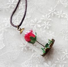 Forever Beauty - Rose Necklace