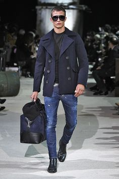 Men's Fall/Winter Show Men Fashion Show, Mens Fashion Week, Mens Fashion Suits, Look Fashion, Mens Suits, Cheap Fashion, Milan Fashion, Gothic Fashion, Mode Masculine