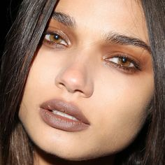 Givenchy - Glossy Eyes, Matte Lip <3