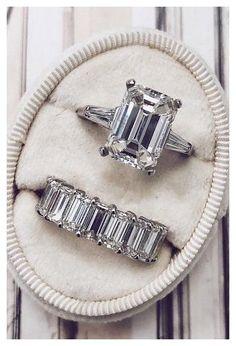 Classic Engagement Rings, Platinum Engagement Rings, Rose Gold Engagement, Engagement Ring Cuts, Solitaire Engagement, Emerald Wedding Rings, Diamond Wedding Sets, Gold Wedding, Wedding Bands