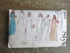 Vintage Style Wedding Dress Pattern - 3959 - 1970s Bust 32.5
