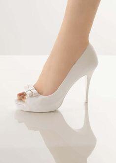 Νυφικά παπούτσια|Νυφικά παπούτσια Rosa Clara 2012