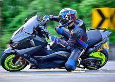 いいね!1,641件、コメント5件 ― Tmax Nation- N°1# Fans Pageさん(@yamaha_tmax_nation)のInstagramアカウント: 「Tmax530 Sparks ➖➖➖➖➖➖➖➖➖➖➖➖➖➖➖➖➖➖➖ Follow Us For More TMAX Photos ☛☛☛…」 Tmax Yamaha, Yamaha Nmax, Ducati, Yamaha Scooter, E Scooter, Moto Car, T Max, Bike Life, Sport Bikes