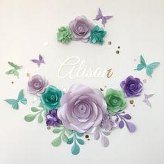 Encantadora flor de papel arreglo - flores de papel sobre la cuna - bebé habitación flores de papel establecido