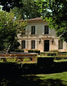 We've found the most beautiful summer getaway in Provence, France: Mas de Chabran My French Country Home, French Farmhouse, Villas, Provence Interior, Country Home Magazine, Century Hotel, 18th Century, French Countryside, Countryside Homes