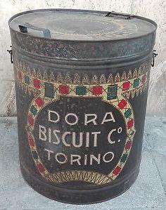 50829 Bidone di latta - Biscotti Dora Biscuit C. Torino - vintage originale