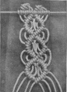 The diamond bar, a beautiful pattern,is made with eight thread, with the 15th, 14th, 13th, 12th, 11th, 10th