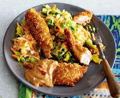 Quinoa-Chicken-Fingers mit Erdnusssoße