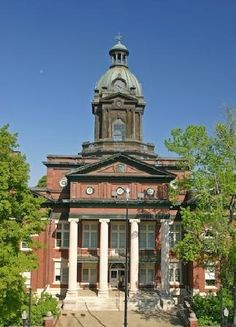 1904 Coweta County Courthouse, Newnan, GA - Courtesy TripAdvisor (This was taken right before the renovation, approximately 2009.)