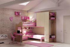 Dětské a studentské pokoje Moretti Compact jsou praktické, funkční, bezpečné. Nábytek je dostupný v nabídce dvaceti standardních barev, které si vaše děti prostě zamilují!