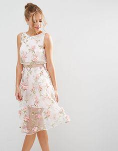 Imagen 1 de Vestido a media pierna con top corto y diseño floral en 3D de ASOS SALON