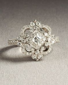 This is by FAR the most BEAUTIFUL ring ever and if i could pick my own wedding ring, this would be it. | best stuff