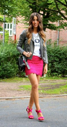 LOVE  URBAN: pink lace and statement shirt