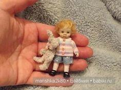 Карен известный скульптор миниатюрист из Великобритании. Маленькие куклы в масштабе 1:48 и 1:12 сделанные ею из полимерной глины уходят с