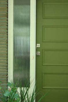 Thinking of updating your front door? Follow these easy steps to help choose the perfect paint color and add instant curb appeal to your home. >> http://blog.diynetwork.com/maderemade/2015/08/14/get-inspired-front-door-makeover/?soc=pinterest