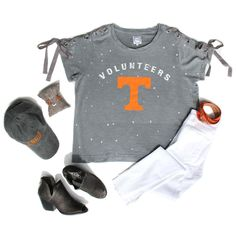 ~Rocky Top, you'll always be, Home sweet home to me!~🍊🏈🧡 Top | $46.98 Jeans | $59.98 Belt | $10.98 Hat | $29.98 Bracelet | $56.98 Shoes | $59.98 Call to Order 📞865.288.7235 #justforyouthestockroom #shoplocal #ootd #newarrivals #falltrends #knoxville #boutique #knoxvilleboutique #knoxrocks #gameday #vols #tennessee #volfootball #rockytop #gobigorange #vfl