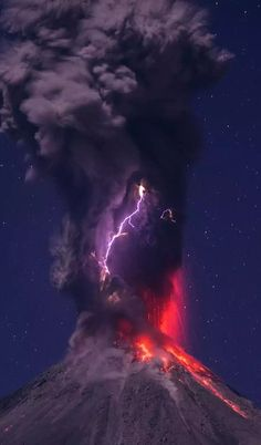 Science Discover Eruption lightning lava volcano ref Image Nature All Nature Science And Nature Amazing Nature Nature Pictures Cool Pictures Cool Photos Natural Phenomena Natural Disasters Nature Pictures, Cool Pictures, Cool Photos, Natural Phenomena, Natural Disasters, Wild Weather, Photos Voyages, Science And Nature, Nature Nature